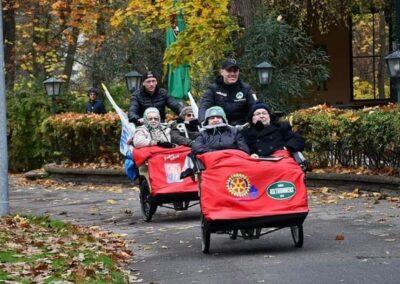 Rikscha Tour mit Senioren und Sascha Burchert